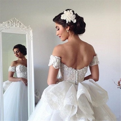 Off-the-shoulder Wedding Dress Puffy Tulle Ball Gown Bridal Dress with Lace_4