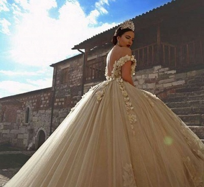 Off The Shoulder Flowers Gorgeous Wedding Dress  Puffy Tulle Beaded Crystals Ball Gown Princess  Bride Dress_4