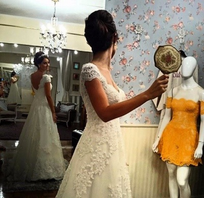 A-Line White Lace Long Wedding Dress with Beadings Elegant Applique Short Sleeve Zipper Bridal Gown_5
