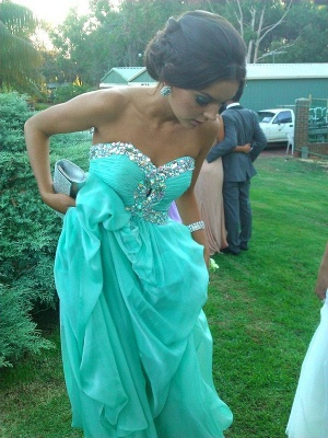 A-line Sweetheart Light Green Chiffon Prom Dress with Crystals Ruffles Long Formal Occasion Dress_1