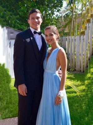 Sexy Deep V-Neck Sky Blue Summer Pool Long Prom Dress  High Quality Ruffles Chiffon Evening Dress_2