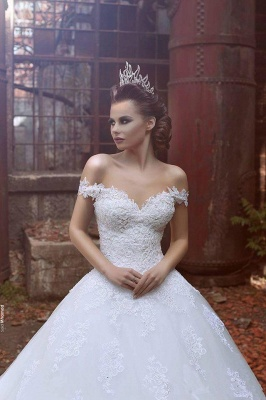 Off The Shoulder Princess Wedding Dress Ball Gown Lace Bride Dresses with Long Train_3