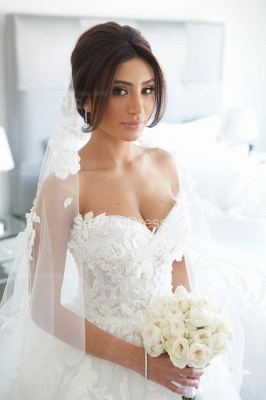 Timeless Bridal Dresses Sweetheart Appliques Flowers Ruffles Tulle Court Train Wedding Gowns_1