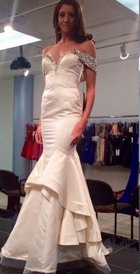 White Sexy Mermaid Off Shoulder Long Evening Dress with Beadings Latest Open Back Satin Dresses_1