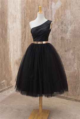 Black One Shoulder Tea Length Prom Dress with Gold Belt Latest Tulle Simple Homeccoming Dress_1