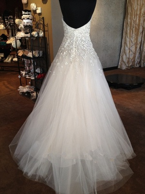 A-line Sweetheart Tulle Wedding Dresses with Flowers Appliques_3