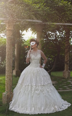 Gorgous Beading Lace Ball Gown  Wedding Dress New Arrival Bridal Gown with Long Train_1