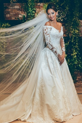 Alluring Off The Shoulder Long Sleeve Satin Wedding Dresses 3D Lace Appliques Bridal Gowns Online_1