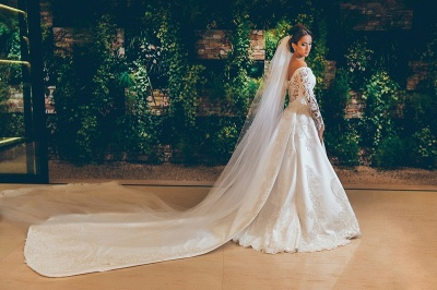 Alluring Off The Shoulder Long Sleeve Satin Wedding Dresses 3D Lace Appliques Bridal Gowns Online_3