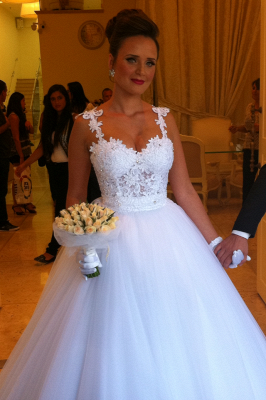 Straps Lace Top Puffy Tulle Wedding Dress  Ball Gown Sleeveless Bridal Gowns_1