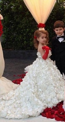 Cute White Spaghetti Strap Ball Gown Flower Girl Dresses Sweep Train Girls Pageant Dresses with Flowers Design_1