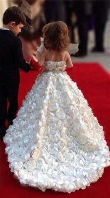 Cute White Spaghetti Strap Ball Gown Flower Girl Dresses Sweep Train Girls Pageant Dresses with Flowers Design_2