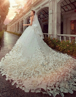 Gorgeous Sweetheart Crystal Wedding Dress Cathedral Train Flowers  Bridal Gown_1